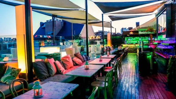 restaurante-skyline-lounge-vista-del-local-970d6